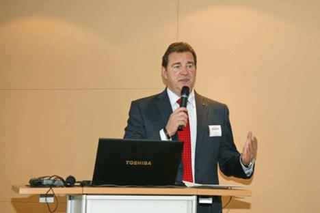 Professor Wilfried Sihn, Geschäftsführer Fraunhofer Austria, beim Fachkongress Industrie 4.0